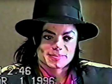 Michael Jackson en un interrogatorio