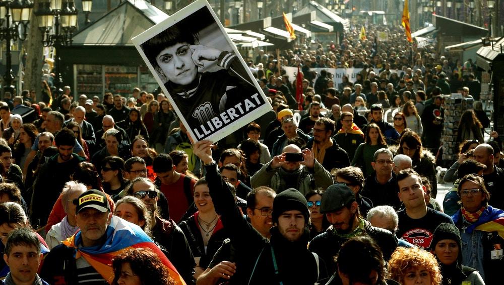 Manifestación durante la huelga en Cataluña contra el juicio del 'procés'