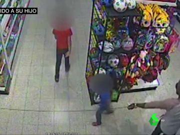 Un padre planea el ataque con ácido a su hijo de tres años