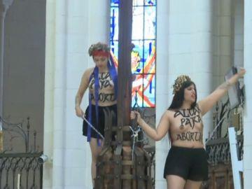 Condenadas las activistas de Femen que se encadenaron en La Almudena