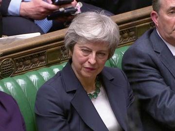 La primera ministra británica, Theresa May, en el Parlamento de Reino Unido