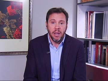 """Óscar Puente responde a la polémica con Rosalía: """"Saber con quién se acuesta un artista no escandaliza y saber lo que cobra sí"""""""