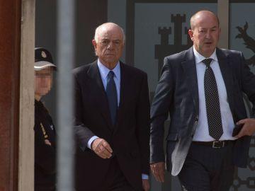 El expresidente de BBVA Francisco González a su salida de la Audiencia Nacional