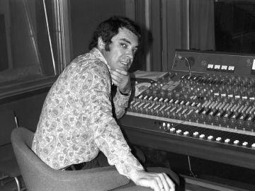El cantautor argentino Alberto Cortez