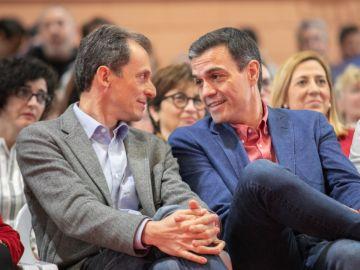 Pedro Duque y Pedro Sánchez en un acto del PSOE