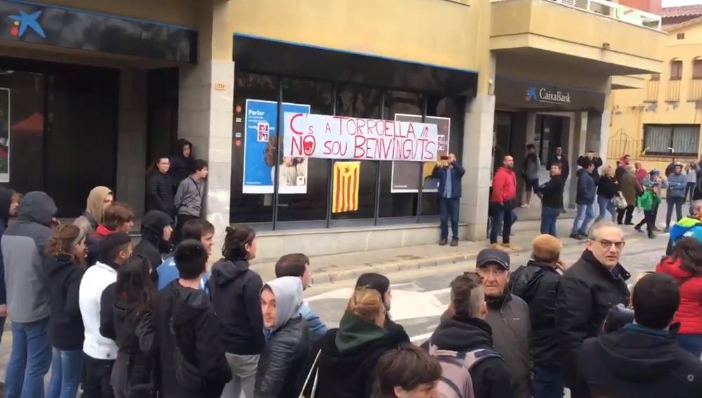 Acto de protesta contra Ciudadanos