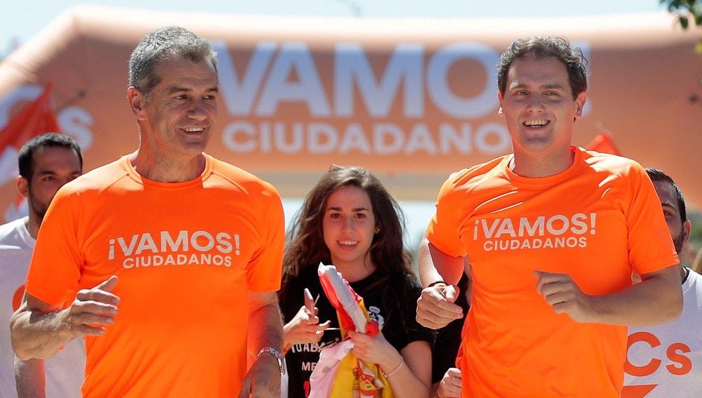 Albert Rivera y Toni Cantó participan en una carrera ciudadana