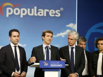 Pablo Casado valorando los resultados electorales en la sede de su partido en Madrid