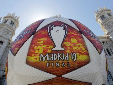 El balón de la final de la Champions League