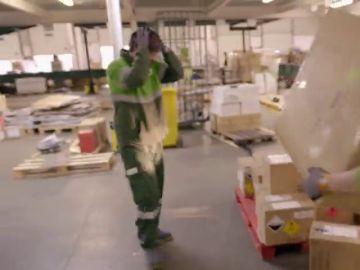 """El Jefe infiltrado, al límite tras caerse varias cajas de productos explosivos: """"Son extremadamente peligrosas"""""""
