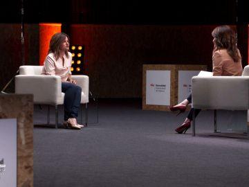 Gloria Revert en su charla con Helena Resano