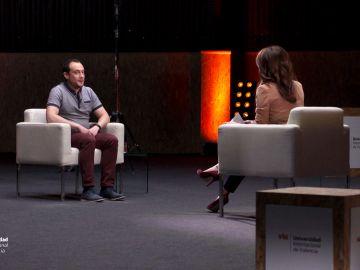 Jorge Batalla en su charla con Helena Resano