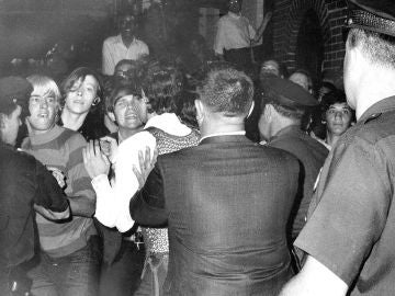 Disturbios en Stonewall Inn