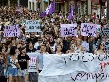 Concentración de repulsa por la agresión sexual en Manresa