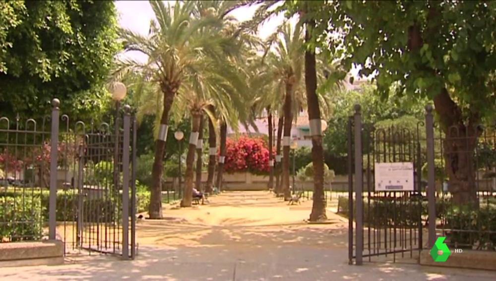 Entrada a los jardines de Casa Varela