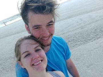 Dalton y Cheyenne en su luna de miel