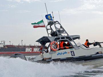 Barco iraní (Archivo)