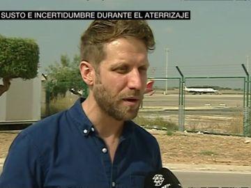 """Habla uno de los pasajeros del vuelo de British Airways a Valencia: """"La azafata tenía una máscara, pero nosotros no podíamos ni respirar"""""""