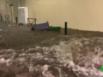 Inundación en las calles de Toulouse, Francia