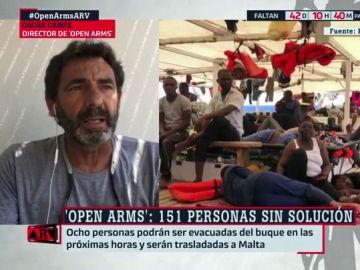 """Óscar Camps alerta sobre la situación de """"calma tensa"""" que se vive en el Open Arms: """"Abundan las peleas en el barco"""""""