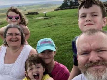 Familia Lyons durante uno de sus viajes