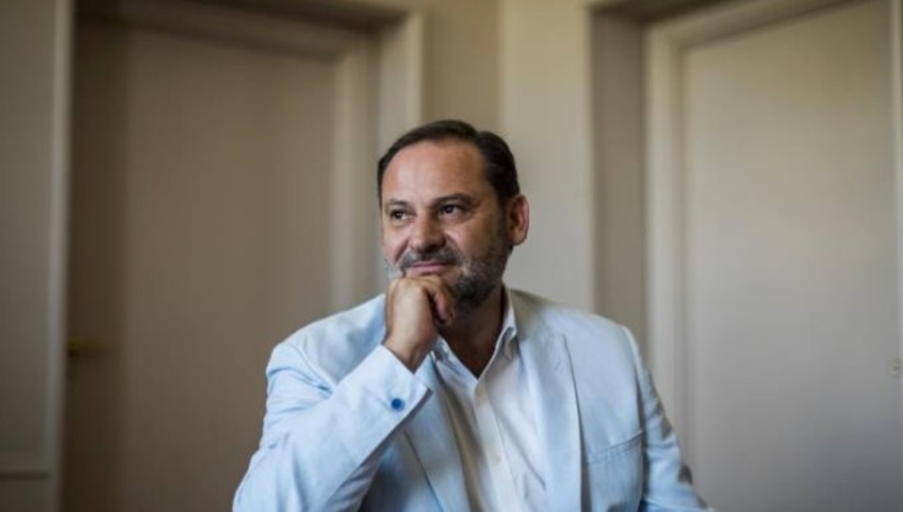 José Luis Ábalos en un entrevista en La Razón