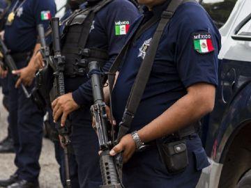 Agentes de la Policía de México