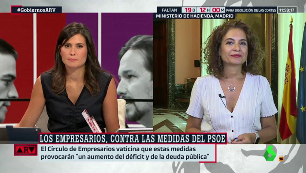 """La ministra Montero responde a las críticas de los empresarios a su programa: """"En democracia lo más importante es la voz de los ciudadanos"""""""