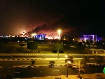 Golpe al corazón del petróleo saudí: una decena de drones atacan dos refinerías