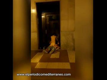 Graban a una pareja practicando sexo en plena calle de Castellón