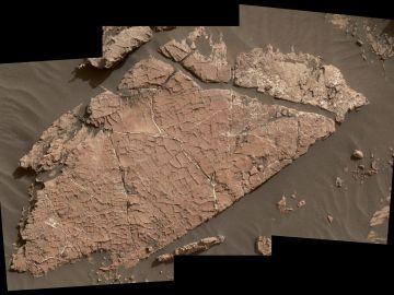 Imagen satélite de la red de grietas encontradas en Gale, Marte.