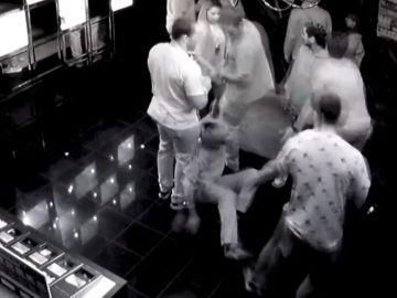 Imagen de la cámara de seguridad de los incidentes de la selección de rugby