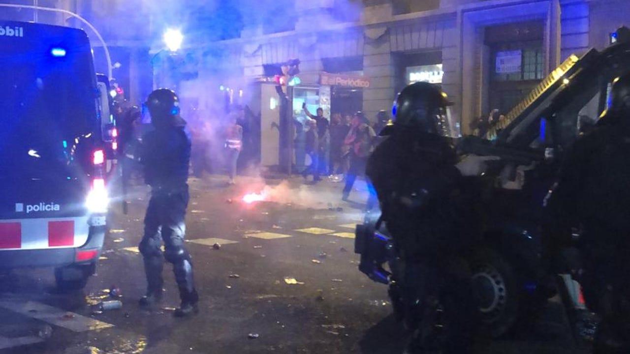 """DIRECTO: Vídeo de la manifestación de Barcelona de los CDR para """"devolver todas las pelotas de goma"""""""