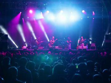 """'La desbanda', o la evidencia de que """"hace más el que quiere que el que puede"""": historia de una banda de rock de personas con Parkinson"""