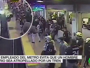 El heroico momento en el que un trabajador salva a un hombre de ser arrollado por el metro