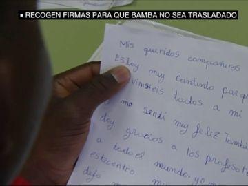 """Bamba, el menor migrante que lucha por no ser trasladado a un centro de menas: """"Mis compañeros son mi familia"""""""