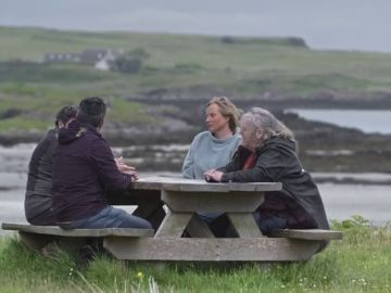 Eigg, la isla autosuficiente y propiedad de los vecinos que un misterioso donante ayudó a comprar