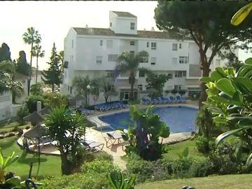 Los tres fallecidos en la piscina de Mijas no sabían nadar