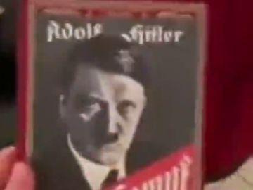 La confusión de un abuelo al regalar a su nieto el 'Mein Kampf' de Hitler en vez del videojuego 'Minecraft'