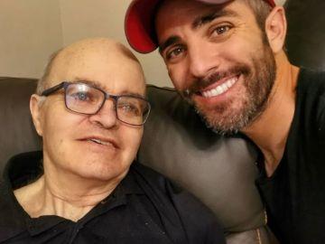 Roberto Leal junto a su padre, Pepe Leal