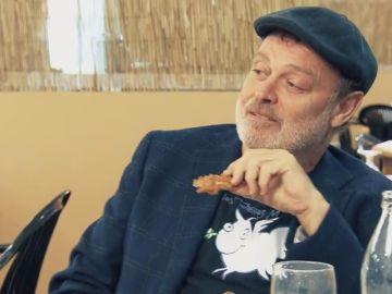 """Pablo Carbonell se 'mete' en la chaquetilla de Chicote: """"Yo creo que las tortillas industriales están mejor que estas"""""""