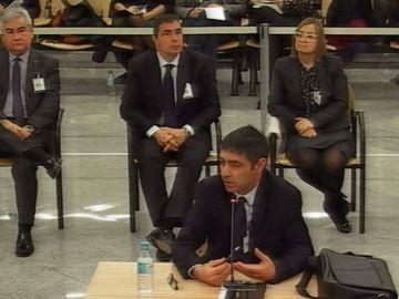 El exmayor de los Mossos d'Esquadra Josep Lluís Trapero durante su declaración