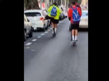 Jugadores del Melilla rompen retrovisores.