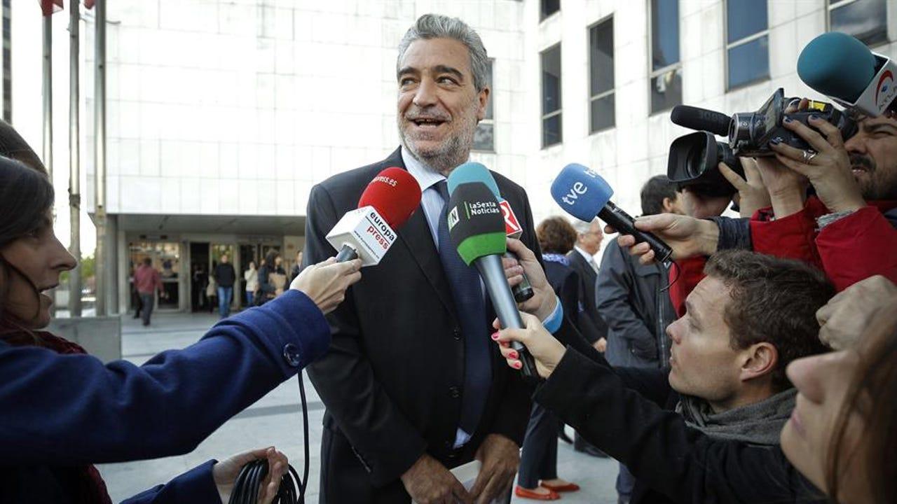 Ayuso nombra jefe de gabinete a Miguel Ángel Rodríguez, exportavoz de Aznar