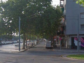 Imagen de la Avenida Playa, en Sant Adrià del Besòs, donde ha sido localizado el cadáver