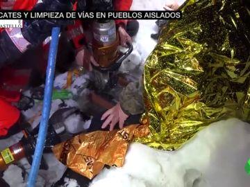 Rescate a un hombre que quedó atrapado cuando caminaba por la nieve en Morella