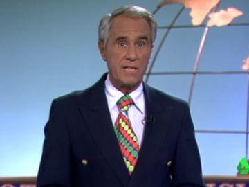 El icónico estilo de Carrascal, noticias cargadas de improvisación... así fueron los comienzos de Antena 3 Noticias