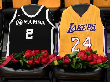 El homenaje de los Lakers a Kobe Bryant y su hija Gianna