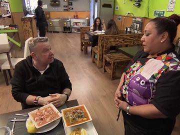 """Los platos XXL de 'La Madrina' ponen a prueba la capacidad que tiene el estómago de Chicote: """"Yo si me como esto, no me como más"""""""
