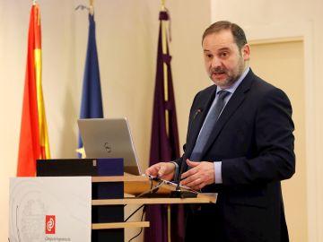 El ministro de Transportes, José Luis Ábalos, en una imagen de archivo